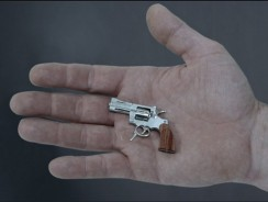 The smallest gun ( pistol ) in the world